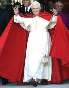 pope-benedict-xvi_handsign_satan_666