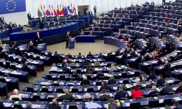 bellen-parliament-828401